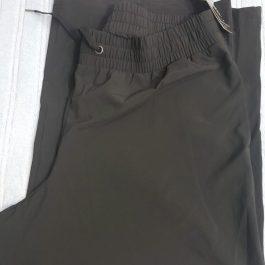 Pantalon Buzo Ideology Capri Negro