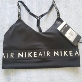 Peto Nike Negro