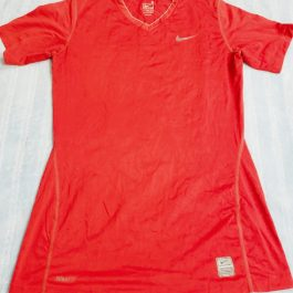 Polera Nike Roja