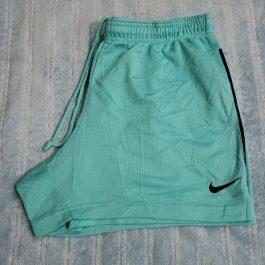 Short Nike Celeste