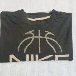 Polera Nike Gris