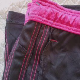 Pantalon Buzo Negro/Rosado Talla L